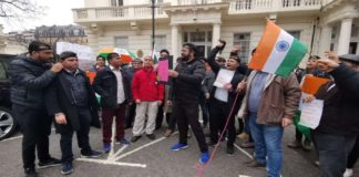 Indians Protest In Front Of Pakistan High commission
